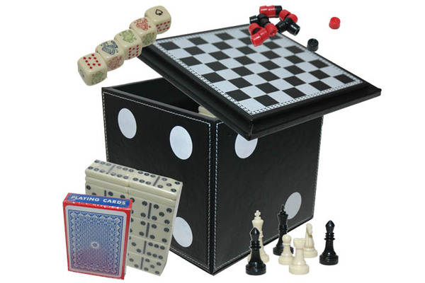2196-blk - 4 3-4in 5-in-1 dice  box game copy